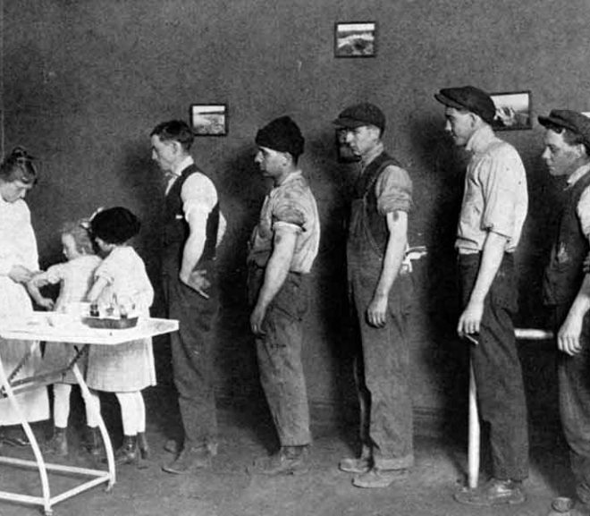 """THE 1918 """"SPANISH FLU"""": ONLY THE VACCINATED DIED"""