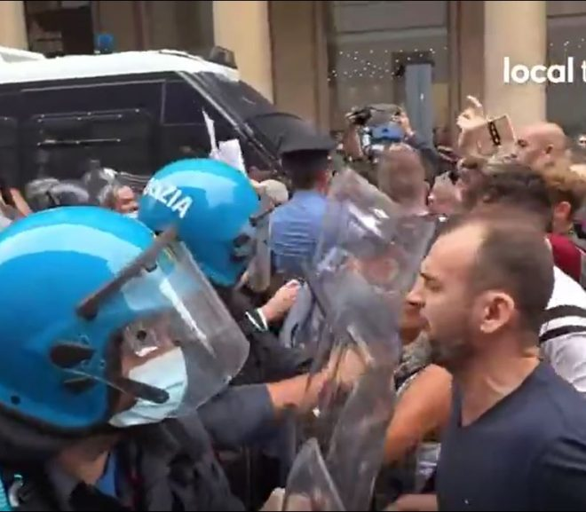 ITALY PROTESTS CONTINUE, POLICE LINES FAILING